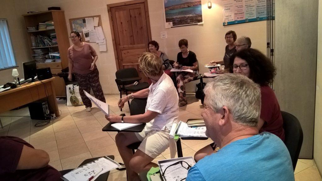 Englisch für Senioren Englische Sprachkurse ab 50+ Sprachreisen Malta Schule