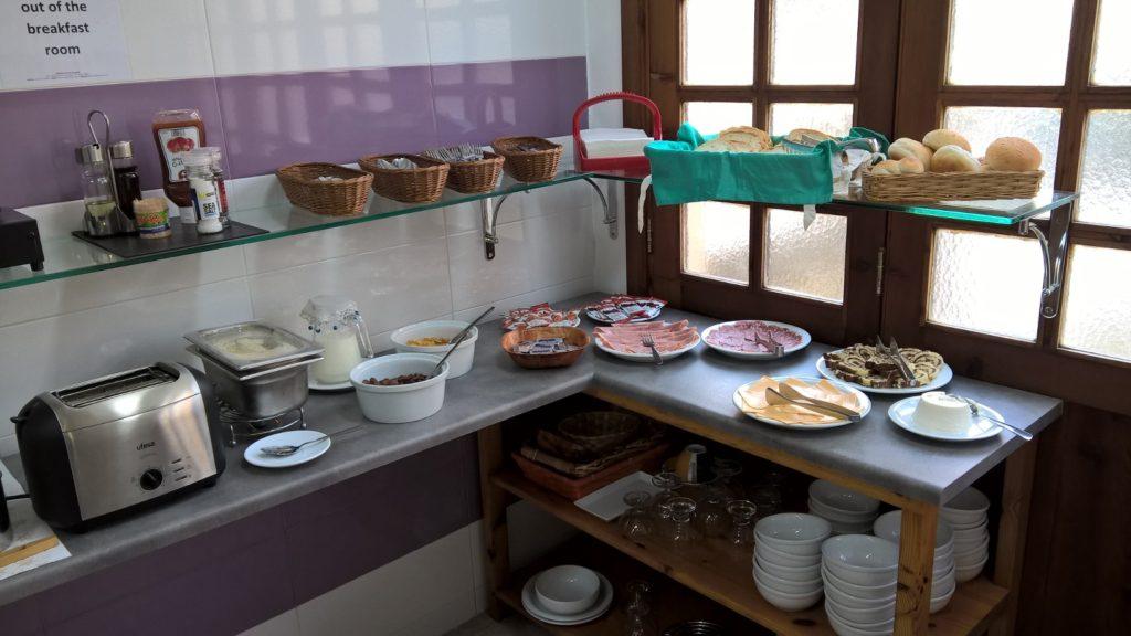 Frühstück in der Unterkunft der englischen Schule Gateway School of English GSE in St Julian's Malta sprachreise
