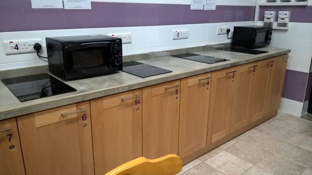 moderne küche in der schulunterkunft in st julian's malta Gateway School of English GSE 2